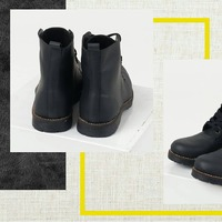 BORCEGOS HAMADI seguimos de estrenos Otro de nuestros nuevos modelos de calzado. Tendencia más que nunca. Los borcegos HAMADI vienen en color negro y marrón oscuro, con suela de caucho ygoma, acordonados y 100% de cuero. Te vimos... Ya vas pensando con que podrías combinarlos. ¿Los usarias, acordonados hasta arriba o semi abiertos? ¿Cual preferis? Dejanos un comentario.
